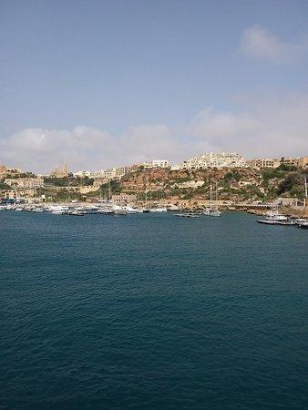 Cirkewwa, Malta: View into Gozo port