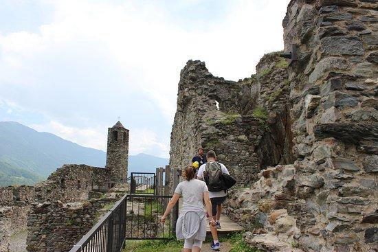 Grosotto, Italy: castello