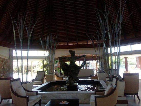 Mount Irvine, Tobago: IMG_20180531_082244_large.jpg