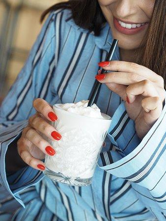 Dognvill Burger : Our milkshakes are made of Norwegian super premium ice cream.