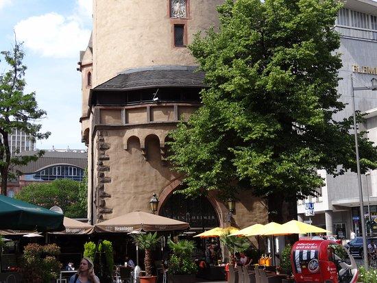Eschenheimer Turm Cafe: φώτο