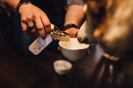 The Golf Tavern : Homemade Dog Beer (0%ABV)