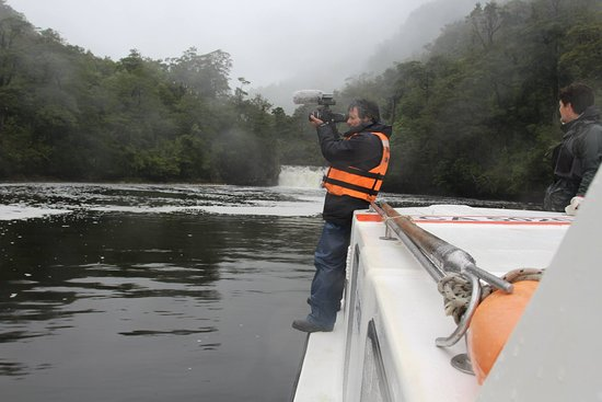 Aisen Region, Chili : Recorrido por Bahía Exploradores con académicos y científicos de la Univ, Católica de Chile
