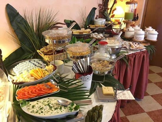 Hotel Garni Marina: Frühstücksbuffet
