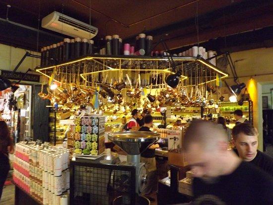 Lvivska Kopalnya Kavy Coffee Manufacture: Okolicznościowe pamiątki