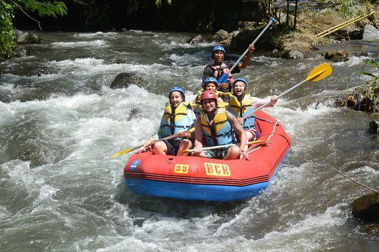 Gianyar, Indonesien: Telaga Waja River Rafting the longers of 18km