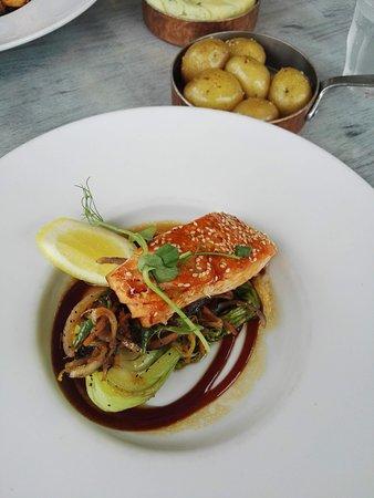 The Newbridge Restaurant照片