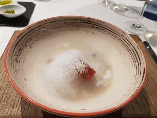 Restaurante Gastro-Bar Sanmiguel : Plato acabado con espuma.
