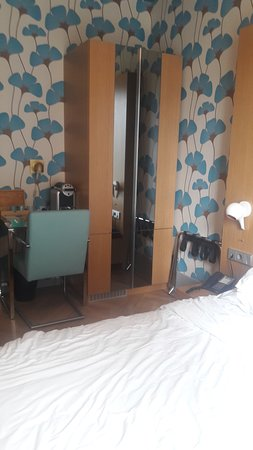 Amadi Park Hotel: Hermosos colores!