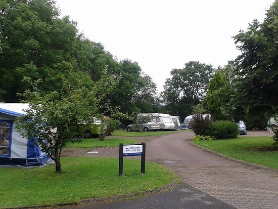 Share Discovery Village: Touring Caravan site