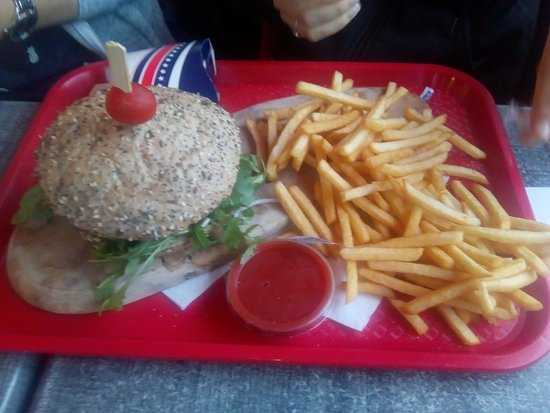 Ypres Burger Picture