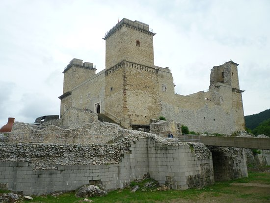 Castle of Diósgyőr照片