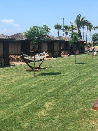 Alva Donna Exclusive Hotel & Spa: Павильоны на пляже