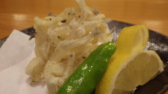 Okamezushi: 「上りシラウオのかき揚げ天ぷら」初夏のこの時期だからこその逸品です。