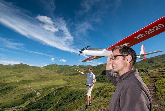 Fideris, Schweiz: Sie sind begeisterter Modellflieger-Pilot oder Kapitän eines Modellbootes? In den Heubergen top!