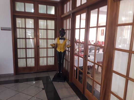 Hotel Paradies: Entrada do restaurante