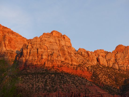 Sunset view from the parking lot of Zion Park Motel