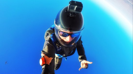 Johannesburg Skydiving Club: Head down