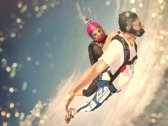 Johannesburg Skydiving Club: Catching a lift