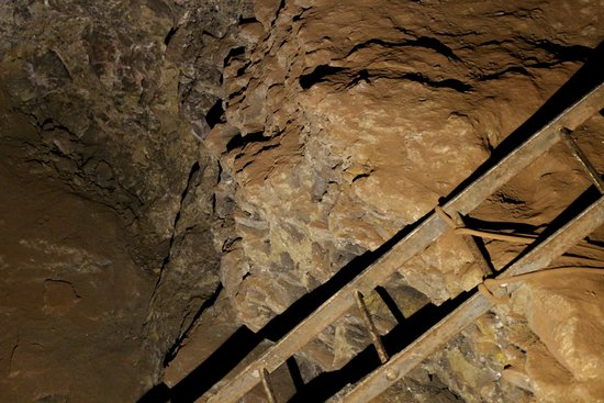 Clearwell Caves : ladder