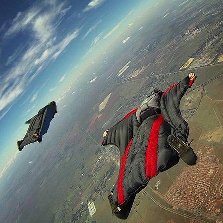Johannesburg Skydiving Club: Wingsuiting