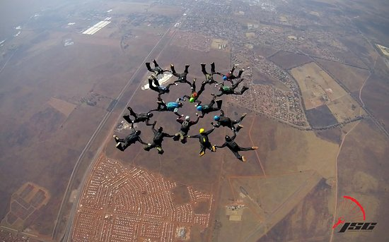 Johannesburg Skydiving Club: 16 Ways