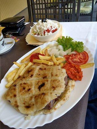 Bosanska kuhinja Merak: Ćevapčići