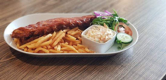 The Old Talbot Pub and Restaurant: Big Ribchester Chips and Slaw