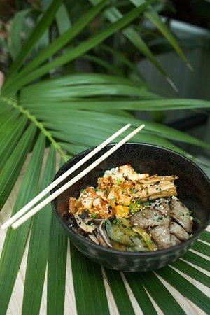 Jungle: Паназиатская кухня