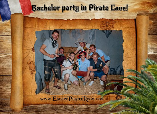 Pirate Cave: Barchelor party by French treasure hunters.