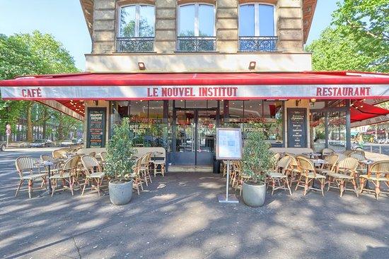 Le Nouvel Institut: La terrasse rue des fossés Saint Bernard
