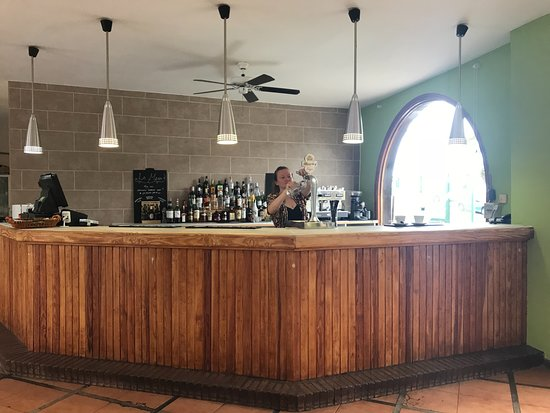 La Mesa Restaurante : La Mesa bar