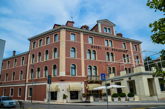 Le Boulevard Hotel Photo