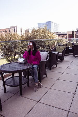 The Moran CITYCENTRE : If it's a sunny day, try the outdoor eating area in the main lobby! You can enjoy the views!
