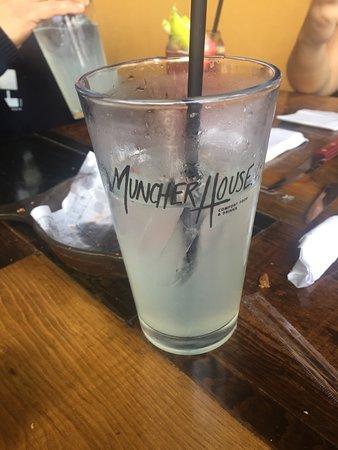 Muncher House : Agua de limón