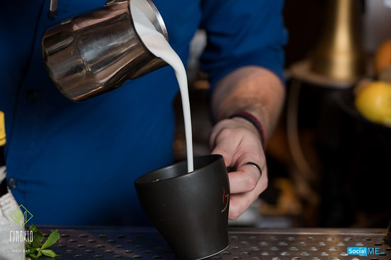 Finokio Meze Bar: Υπέροχα ροφήματα και καφέδες!