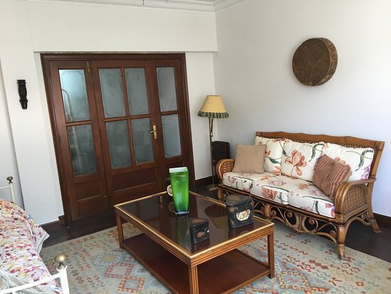 Vigo, Španija: Гостиная со спальным местом