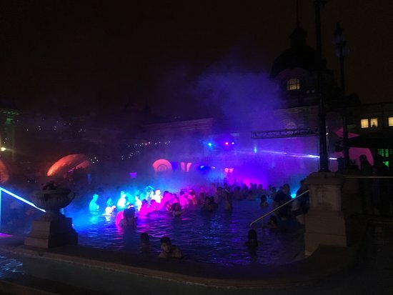 SPARTY - Bath Party series: The Sparty - Szechenyi Baths