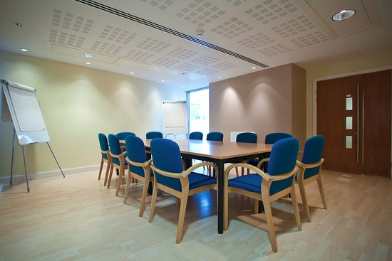 The Capitol, Horsham: Meeting Room - Credit Toby Philips