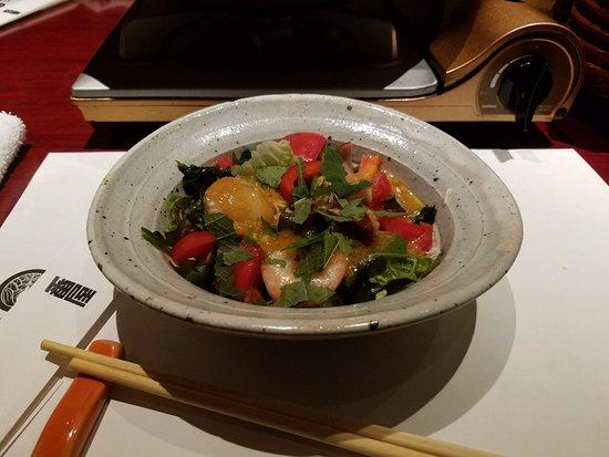 Tavern with private dens Banya Akasaka: This salad was my favorite