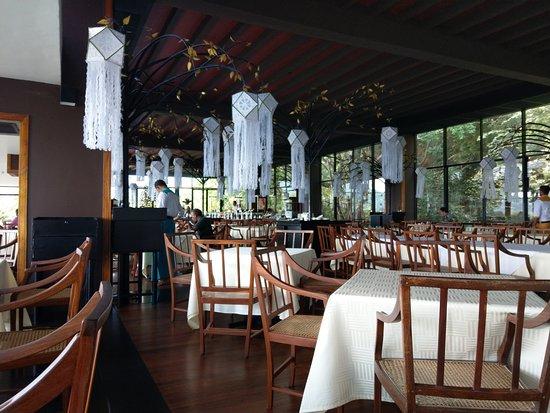 Heritance Kandalama: レストラン