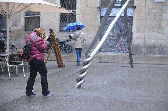 Photo walking tours Barcelona even is raining
