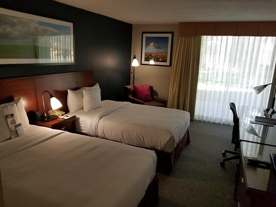 DoubleTree DFW Airport North: Room 152