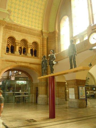 Intérieur hall d\'entrée - Picture of Gare de Metz-Ville, Metz ...