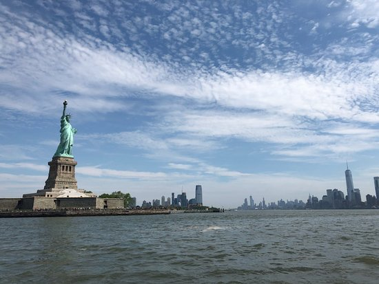 Full Day Private Yacht Charter Around New York: Nice pano from the ship