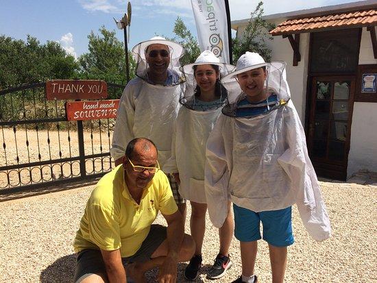 Solta Island, Kroatia: Goran and his newest three bee keepers! lol!