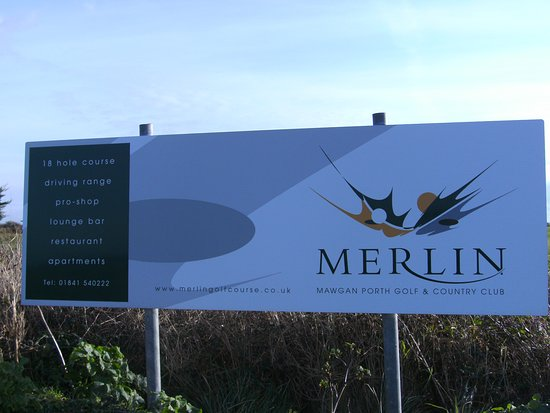 Merlin Golf and Country Club: Entrance