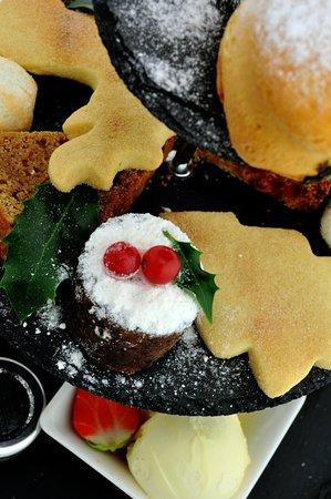 Hogarths Hotel and Restaurant: Hogarths Brasserie