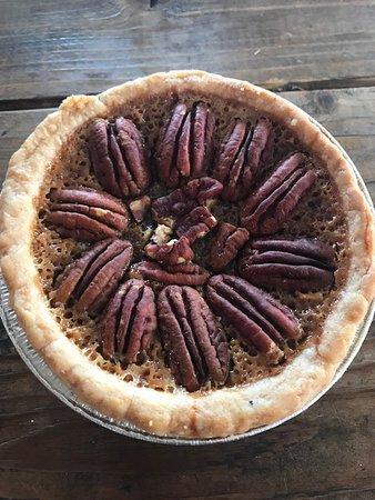 Little Miss Bbq: Best Pecan Pie Ever!