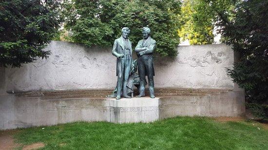 Strauss-Lanner-Denkmal